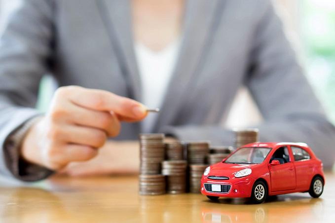 Besparen op maandelijkse auto kosten